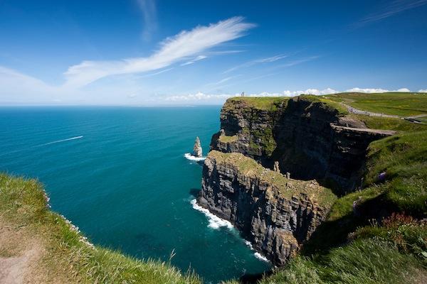 Vé máy bay đi Ireland giá rẻ 2021