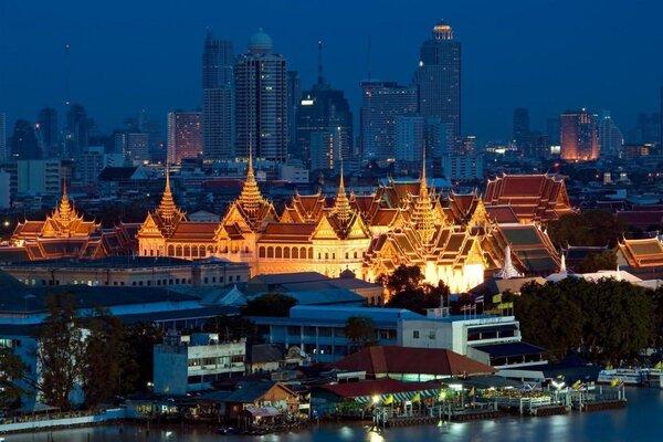 đặt vé máy bay đi bangkok giá tốt